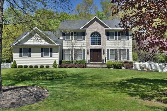 18 Sandstone Trail, Clarkstown, NY 10956 (MLS #H6039404) :: Cronin & Company Real Estate