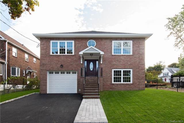 6 Bretton Road, Yonkers, NY 10710 (MLS #H6040942) :: Mark Boyland Real Estate Team