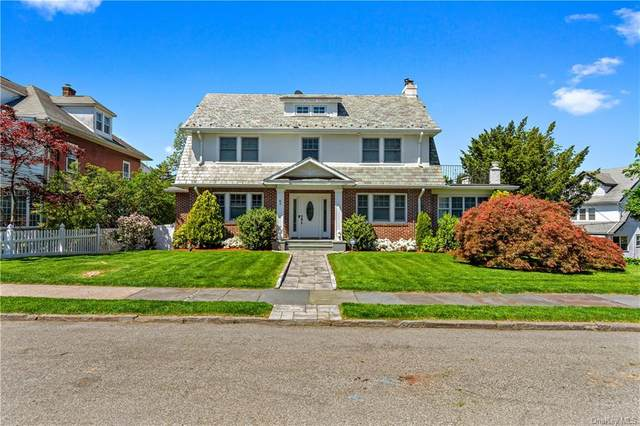 82 Petersville Road, New Rochelle, NY 10801 (MLS #H6041286) :: William Raveis Baer & McIntosh