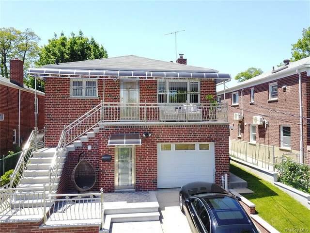 2425 Fish, Bronx, NY 10469 (MLS #H6041840) :: Mark Seiden Real Estate Team