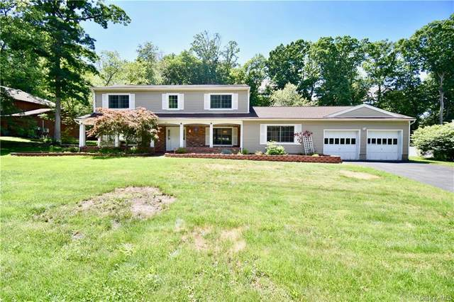 35 Newport Drive, Clarkstown, NY 10954 (MLS #H6044991) :: Marciano Team at Keller Williams NY Realty