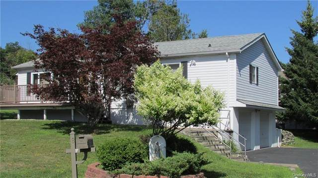8 Straight Path, Rock Hill, NY 12775 (MLS #H6046997) :: Frank Schiavone with William Raveis Real Estate
