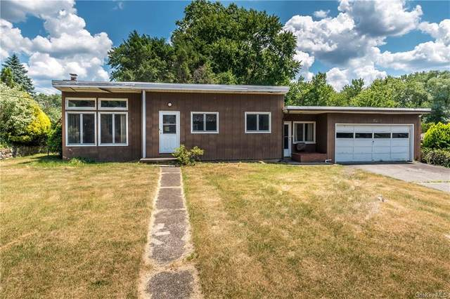 4 Crystal Court, Montrose, NY 10548 (MLS #H6047947) :: Mark Seiden Real Estate Team