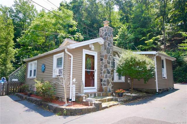 404 Christian Herald Road, Clarkstown, NY 10989 (MLS #H6050433) :: RE/MAX Edge
