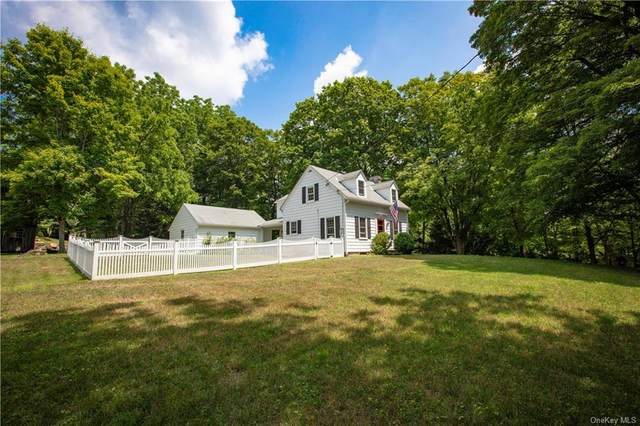 144 Stone Hill Road, Bedford, NY 10506 (MLS #H6051832) :: Kendall Group Real Estate | Keller Williams