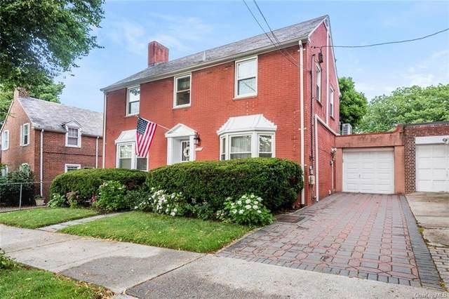 2220 Wickham Avenue, Bronx, NY 10469 (MLS #H6053451) :: Mark Boyland Real Estate Team