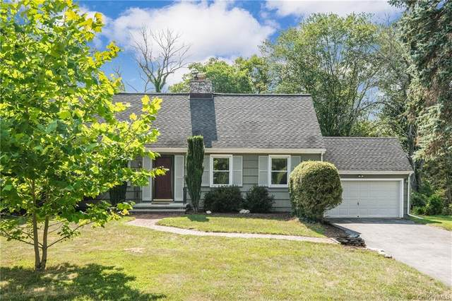 35 Round Hill Road, Poughkeepsie, NY 12603 (MLS #H6056269) :: The Home Team