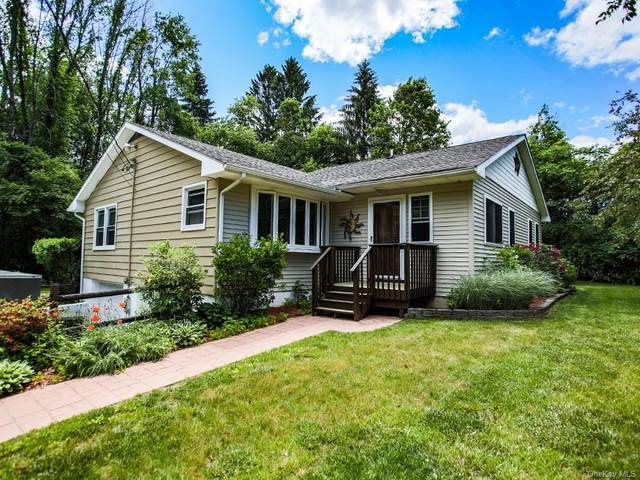 2 Rogow Lane, Spring Glen, NY 12489 (MLS #H6057238) :: Frank Schiavone with William Raveis Real Estate