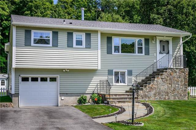 14 Pippin Lane, Wappingers Falls, NY 12590 (MLS #H6060116) :: The Home Team