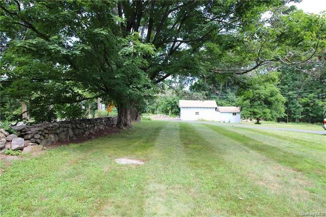 55 Milltown, Danbury, CT 06810 (MLS #H6065866) :: Keller Williams Points North - Team Galligan