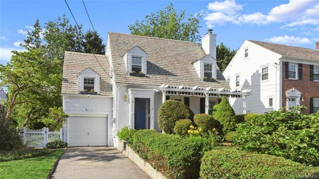 63 Ronalds Avenue, New Rochelle, NY 10801 (MLS #H6068360) :: Frank Schiavone with William Raveis Real Estate