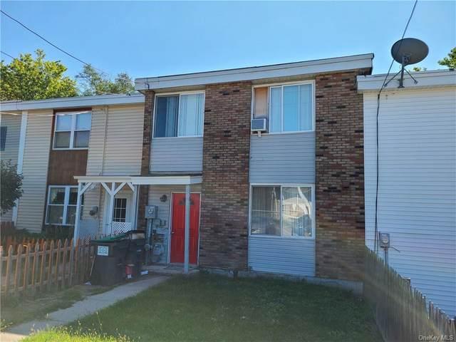 726 Silver Lake Scotchtown Road, Middletown, NY 10941 (MLS #H6071735) :: Kevin Kalyan Realty, Inc.