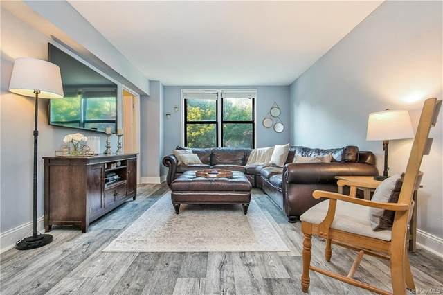 70 Barker Street #401, Mount Kisco, NY 10549 (MLS #H6072006) :: Mark Boyland Real Estate Team