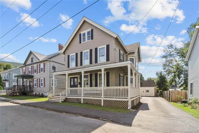 11 Center Street, Beacon, NY 12508 (MLS #H6072417) :: Marciano Team at Keller Williams NY Realty