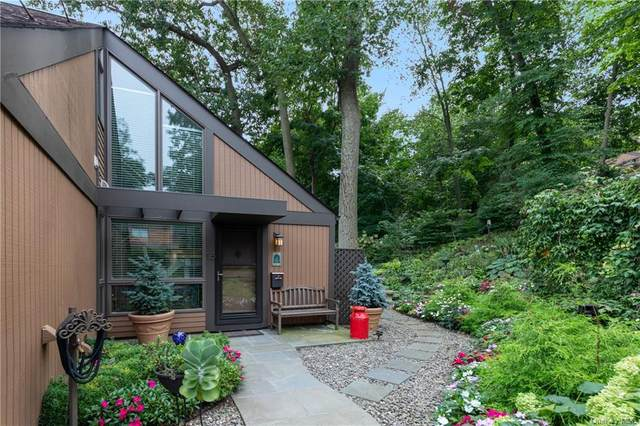 15 Round Hill Road, Dobbs Ferry, NY 10522 (MLS #H6073199) :: Nicole Burke, MBA | Charles Rutenberg Realty