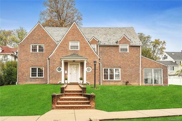 132 Longvue Terrace, Yonkers, NY 10710 (MLS #H6076214) :: Nicole Burke, MBA | Charles Rutenberg Realty