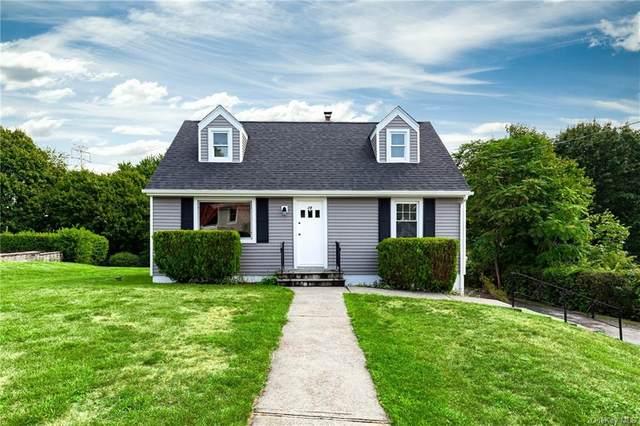29 Sunny Knolls Drive, Poughkeepsie, NY 12603 (MLS #H6076549) :: William Raveis Baer & McIntosh