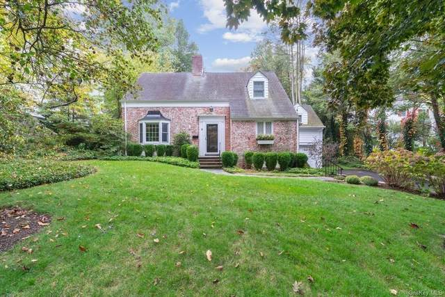 8 Reynal Crossing, Scarsdale, NY 10583 (MLS #H6077382) :: Frank Schiavone with William Raveis Real Estate