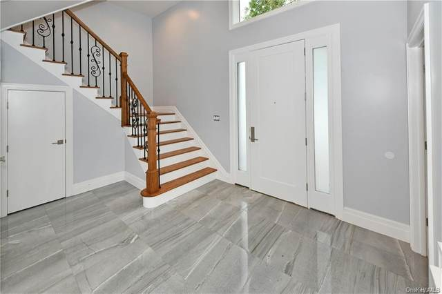 18 King Terrace #2, Spring Valley, NY 10977 (MLS #H6078671) :: Nicole Burke, MBA | Charles Rutenberg Realty