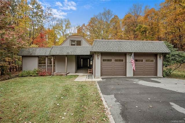62 Wellesly Road, Bloomingburg, NY 12721 (MLS #H6078791) :: Mark Boyland Real Estate Team
