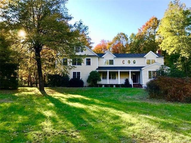 16 Robinswood Lane, South Salem, NY 10590 (MLS #H6078807) :: Mark Boyland Real Estate Team