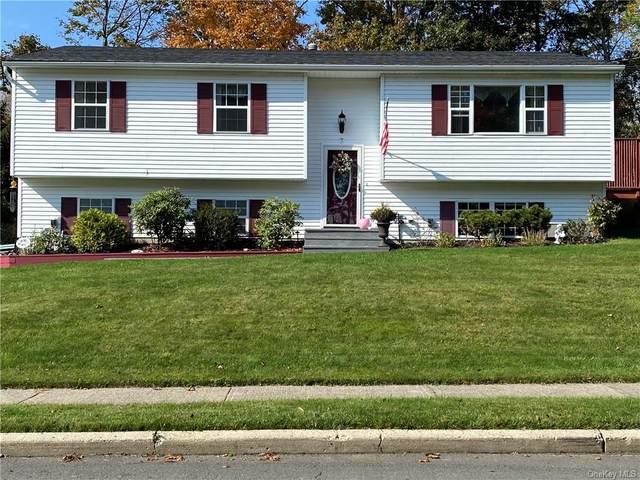 7 Van Keuren Court, Monroe, NY 10950 (MLS #H6079165) :: Frank Schiavone with William Raveis Real Estate