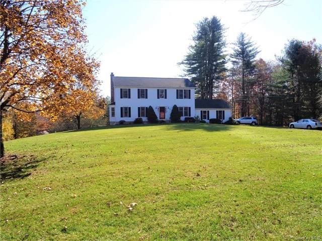 25 Hoyt Road, Bethel, CT 06801 (MLS #H6081772) :: McAteer & Will Estates   Keller Williams Real Estate