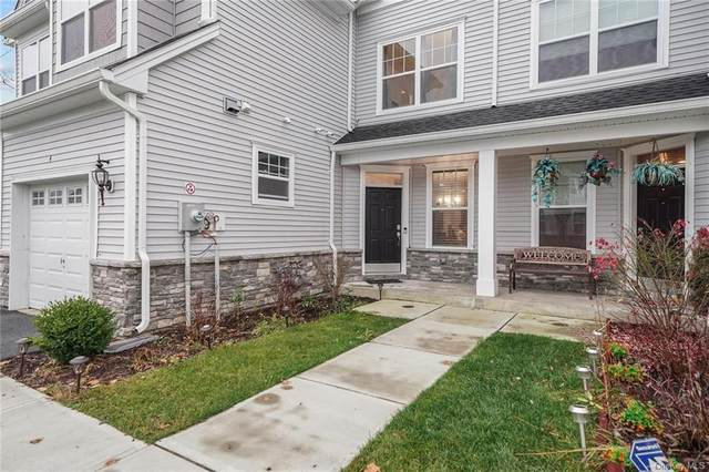 4 Kless Court, Middletown, NY 10940 (MLS #H6083170) :: Keller Williams Points North - Team Galligan