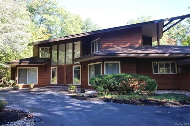 8 Rollingwood Drive, New City, NY 10956 (MLS #H6083367) :: Mark Boyland Real Estate Team