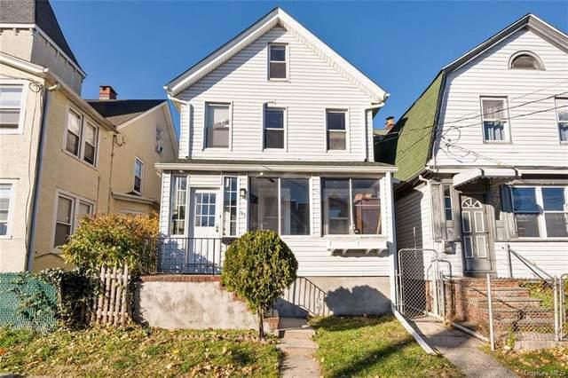 39 Grove Avenue, New Rochelle, NY 10801 (MLS #H6083617) :: McAteer & Will Estates | Keller Williams Real Estate