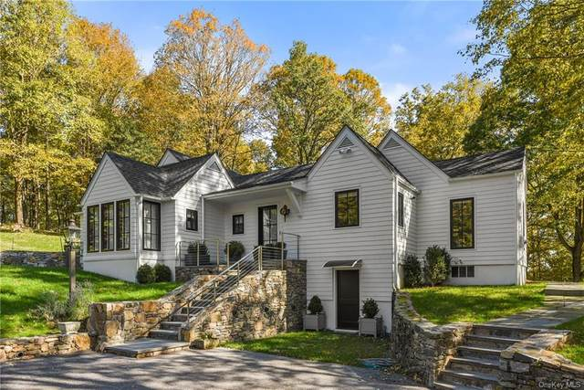 403 Roaring Brook Road, Chappaqua, NY 10514 (MLS #H6085992) :: Mark Seiden Real Estate Team