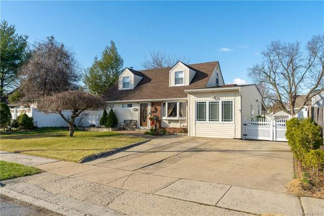 231 Crown Avenue, Floral Park, NY 11001 (MLS #H6086457) :: Nicole Burke, MBA | Charles Rutenberg Realty