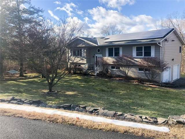 8 Helens Court, Saugerties, NY 12477 (MLS #H6088808) :: William Raveis Baer & McIntosh