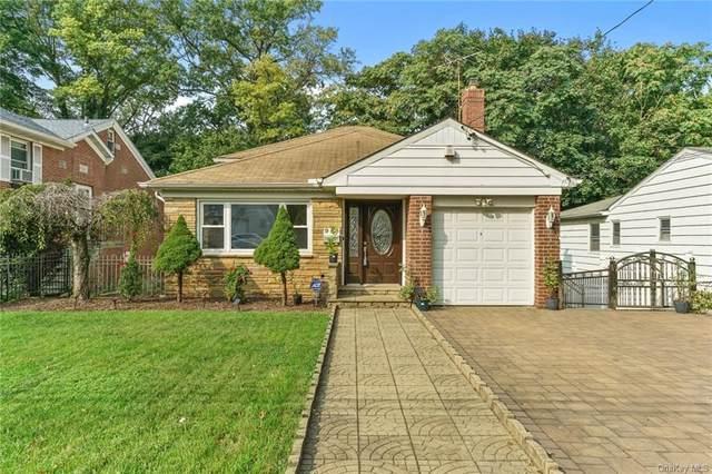 945 Split Rock Road, Pelham, NY 10803 (MLS #H6089030) :: Mark Seiden Real Estate Team