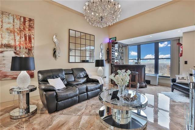 100 New Roc City Plaza #309, New Rochelle, NY 10801 (MLS #H6091306) :: Nicole Burke, MBA | Charles Rutenberg Realty