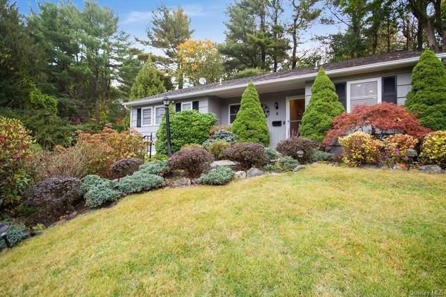 6 Hazelton Circle, Briarcliff Manor, NY 10510 (MLS #H6092296) :: Frank Schiavone with William Raveis Real Estate