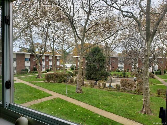 125 Hempstead Gardens Drive K2d, W. Hempstead, NY 11552 (MLS #H6094834) :: The McGovern Caplicki Team