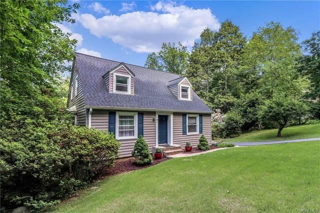 18 Fox Hill Road, Cortlandt Manor, NY 10567 (MLS #H6095060) :: Mark Seiden Real Estate Team