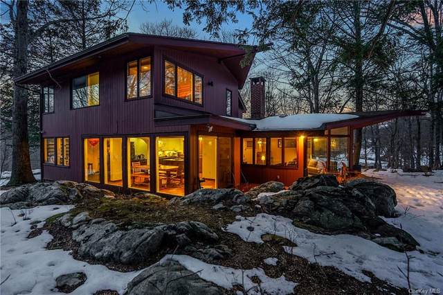 6 Half Mile Road, Armonk, NY 10504 (MLS #H6099733) :: Mark Boyland Real Estate Team