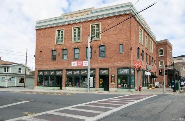 17 Main Street, Warwick, NY 10990 (MLS #H6100214) :: The McGovern Caplicki Team