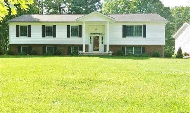 74 Foxfire Estates Road, Middletown, NY 10940 (MLS #H6100408) :: Barbara Carter Team