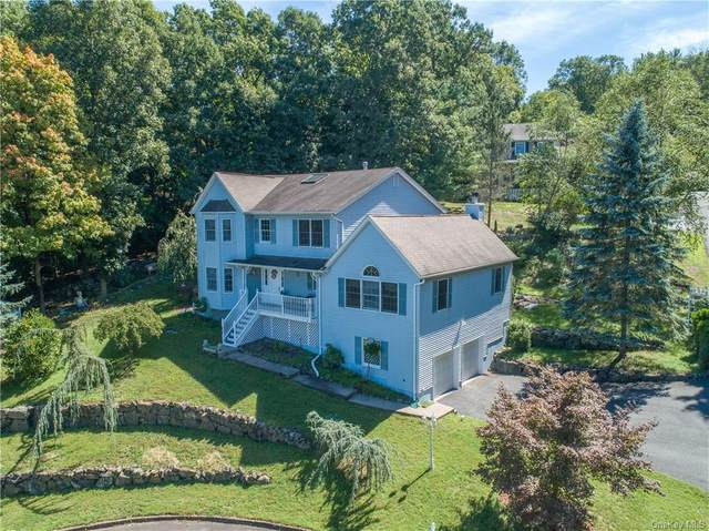 11 Marianne Lane, Valley Cottage, NY 10989 (MLS #H6101235) :: Corcoran Baer & McIntosh