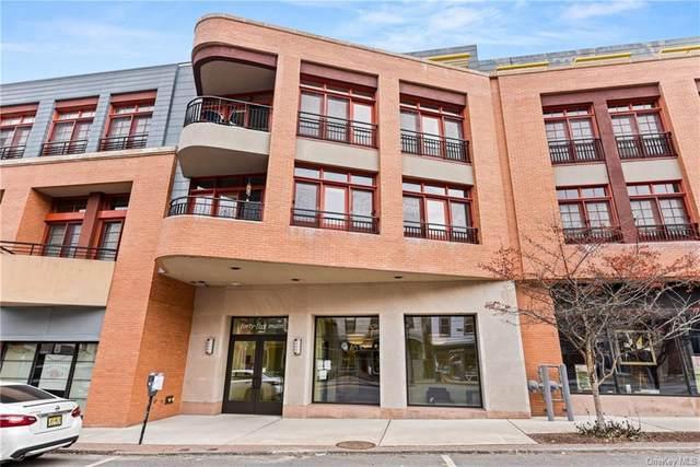 45 Main Street 3C, Hastings-On-Hudson, NY 10706 (MLS #H6102517) :: Barbara Carter Team