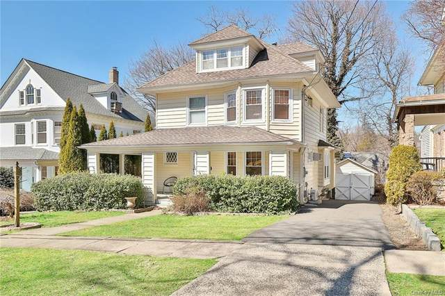 16 Walworth Terrace, White Plains, NY 10606 (MLS #H6102524) :: Frank Schiavone with William Raveis Real Estate