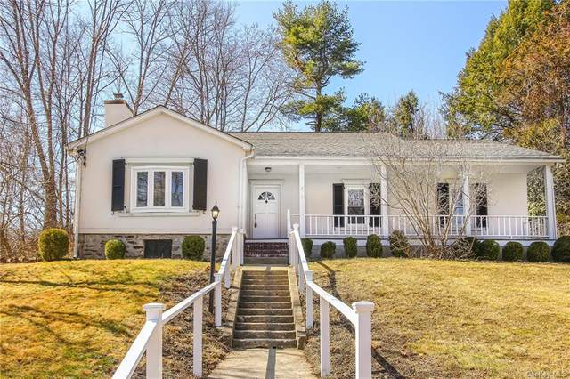 9 Warren Street, Somers, NY 10589 (MLS #H6102898) :: Mark Boyland Real Estate Team