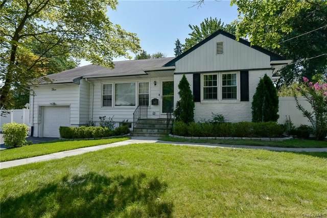 3 Charlotte Lane, Scarsdale, NY 10583 (MLS #H6104543) :: Signature Premier Properties