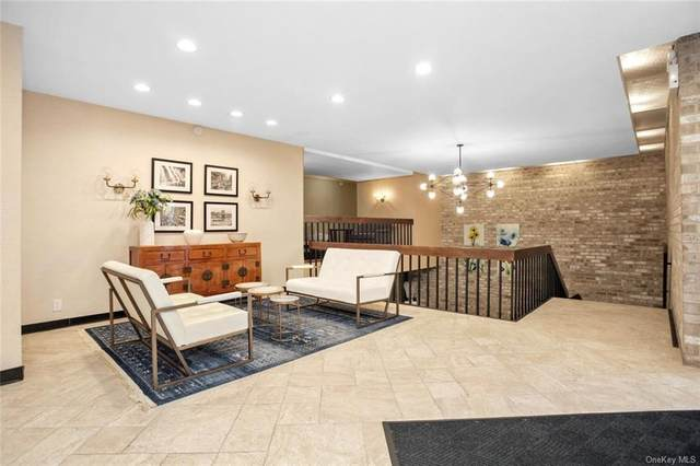 30 Greenridge Avenue 4J, White Plains, NY 10605 (MLS #H6105019) :: Signature Premier Properties