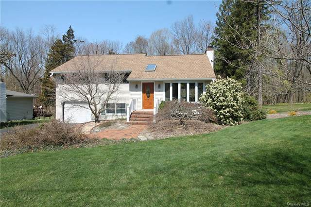 9 Mcallister Drive, Pleasant Valley, NY 12569 (MLS #H6106483) :: Signature Premier Properties