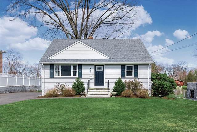 11 Midway Road, White Plains, NY 10607 (MLS #H6107133) :: Mark Boyland Real Estate Team