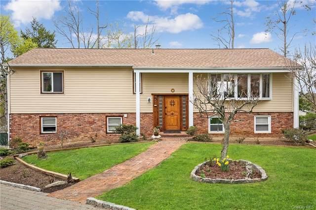 19 Lark Avenue, White Plains, NY 10607 (MLS #H6108466) :: Frank Schiavone with William Raveis Real Estate